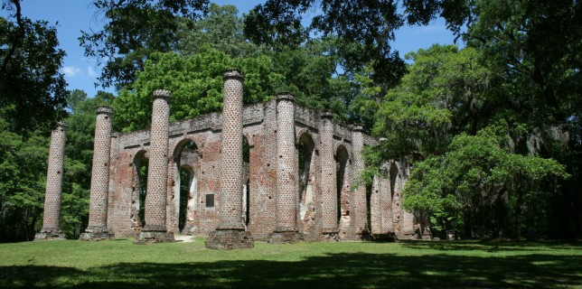 Perhaps the most well-known ruin in the Palmetto State, Old Sheldon Church is a historic site located in northern Beaufort County, South Carolina, a few miles north of Beaufort